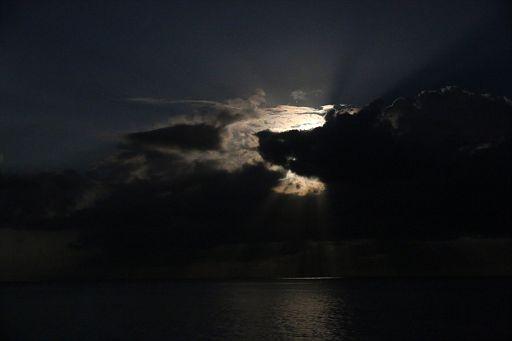 Negril 2017 December 3 Moon (15)