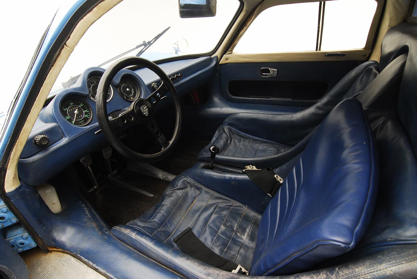1964 Porsche 904 interior view