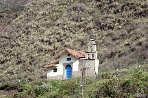 Wiejski kościółek