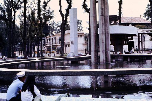 35-Saigon Fountain-4