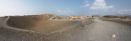 139-SantoriniVulkanPan.jpg